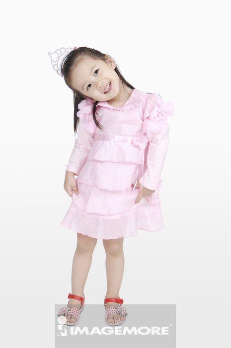 侧面外国小孩图片 可爱