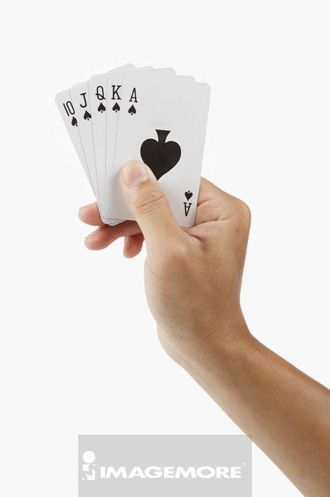 扑克牌,纸牌游戏,同花顺,青年,青年男人,只有一个青年男人,黑桃,拿着