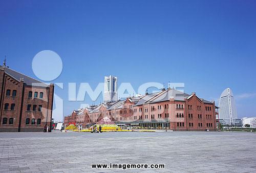 建筑,建筑物物,欧式,欧风建筑,建筑物,洋馆,红砖,仓库,仓管,花坛,户外