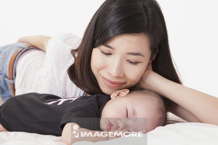 女婴儿,家庭