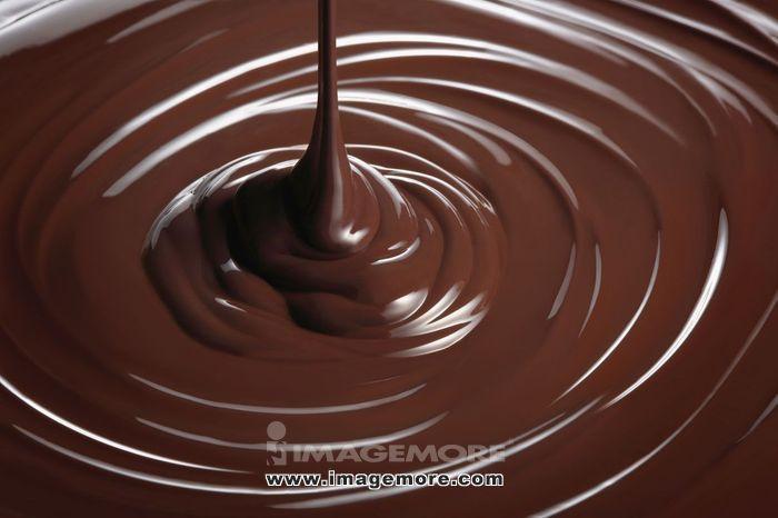 Melt chocolate,