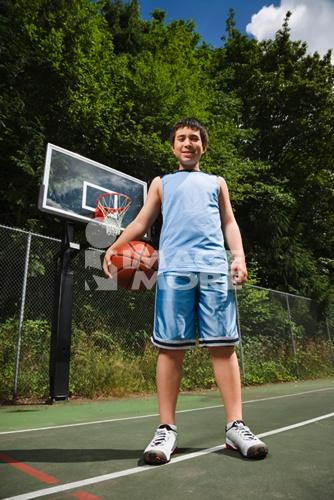 asianboynation_asian boy holding basketball