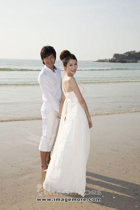 新娘,新郎,海边,新娘和新郎在海边,海边度假,