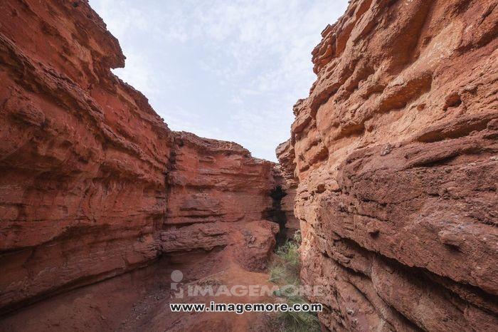 中国内蒙古丹霞地貌梦幻峡谷