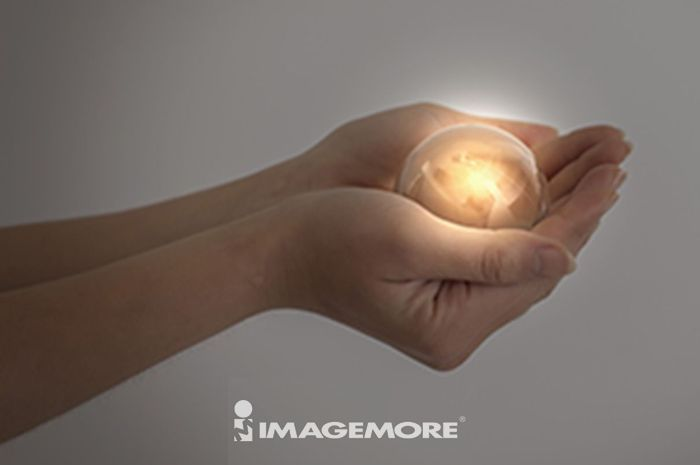 人物手部,作手势,水晶球,
