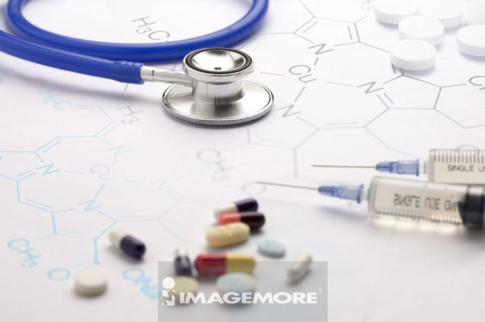 医疗和医学,听诊器,药丸,针筒,