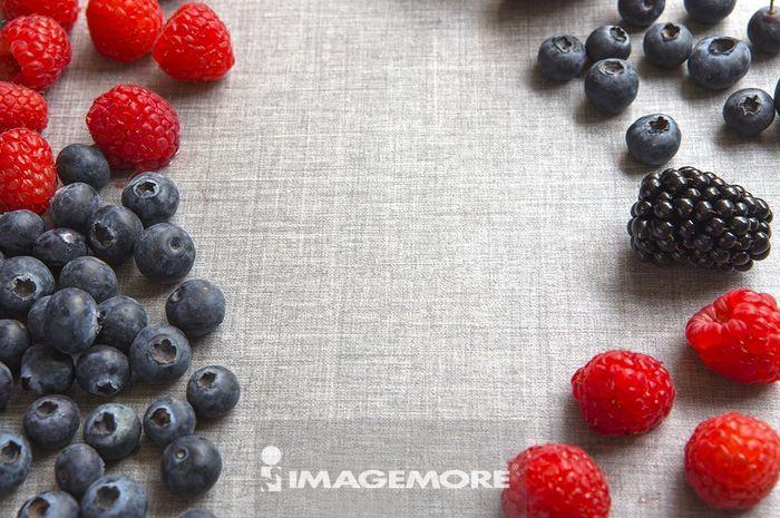草莓 蓝莓 覆盆子 桑椹