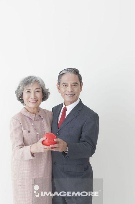 老年夫妻,储蓄,理财,