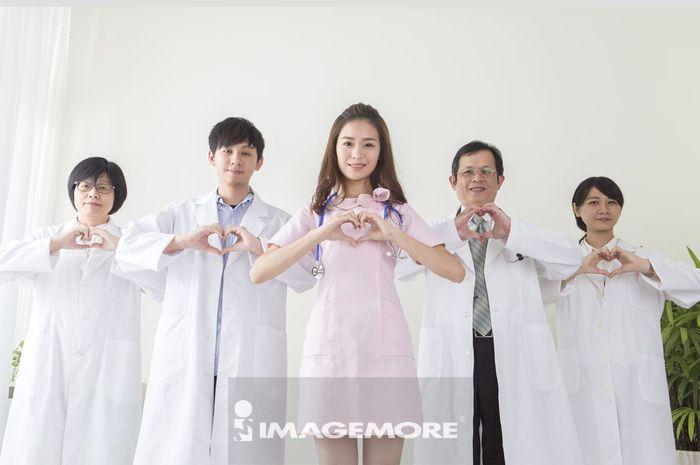 最佳医疗团队吧_医疗人员,优质团队,爱心