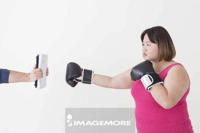 女性,破坏,体重秤,