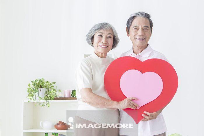 老年夫妻,爱心,