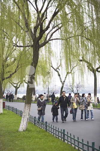 At Bai Causeway, West Lake, Hangzhou, China